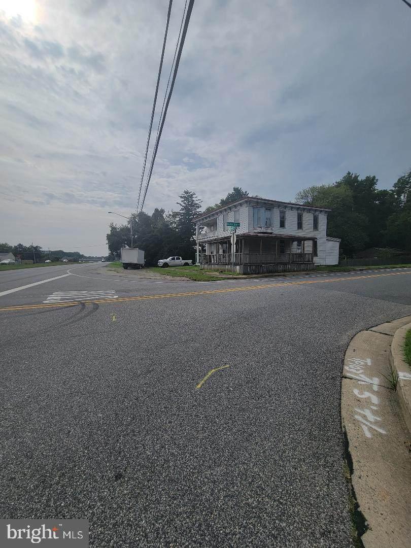 4451 Dupont Parkway - Photo 1
