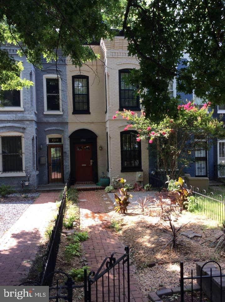 1311 Potomac Avenue - Photo 1