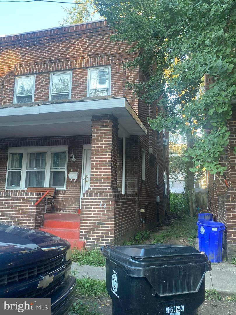 2327 Penn Street - Photo 1