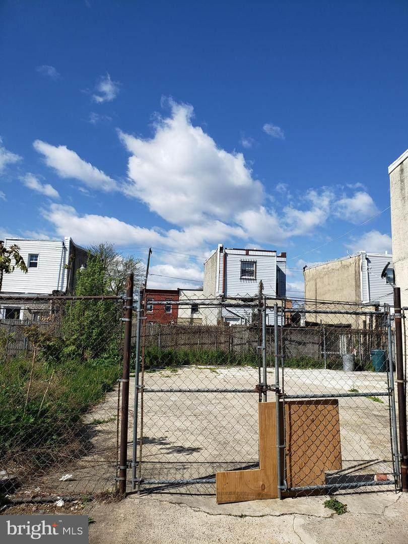 2138 Monmouth Street - Photo 1