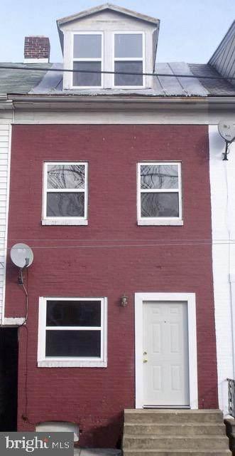 549 Queen Street - Photo 1