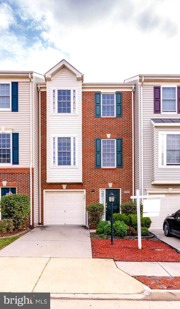 8951 Brewer Creek Place, MANASSAS, VA 20109 (#VAPW2008514) :: SURE Sales Group