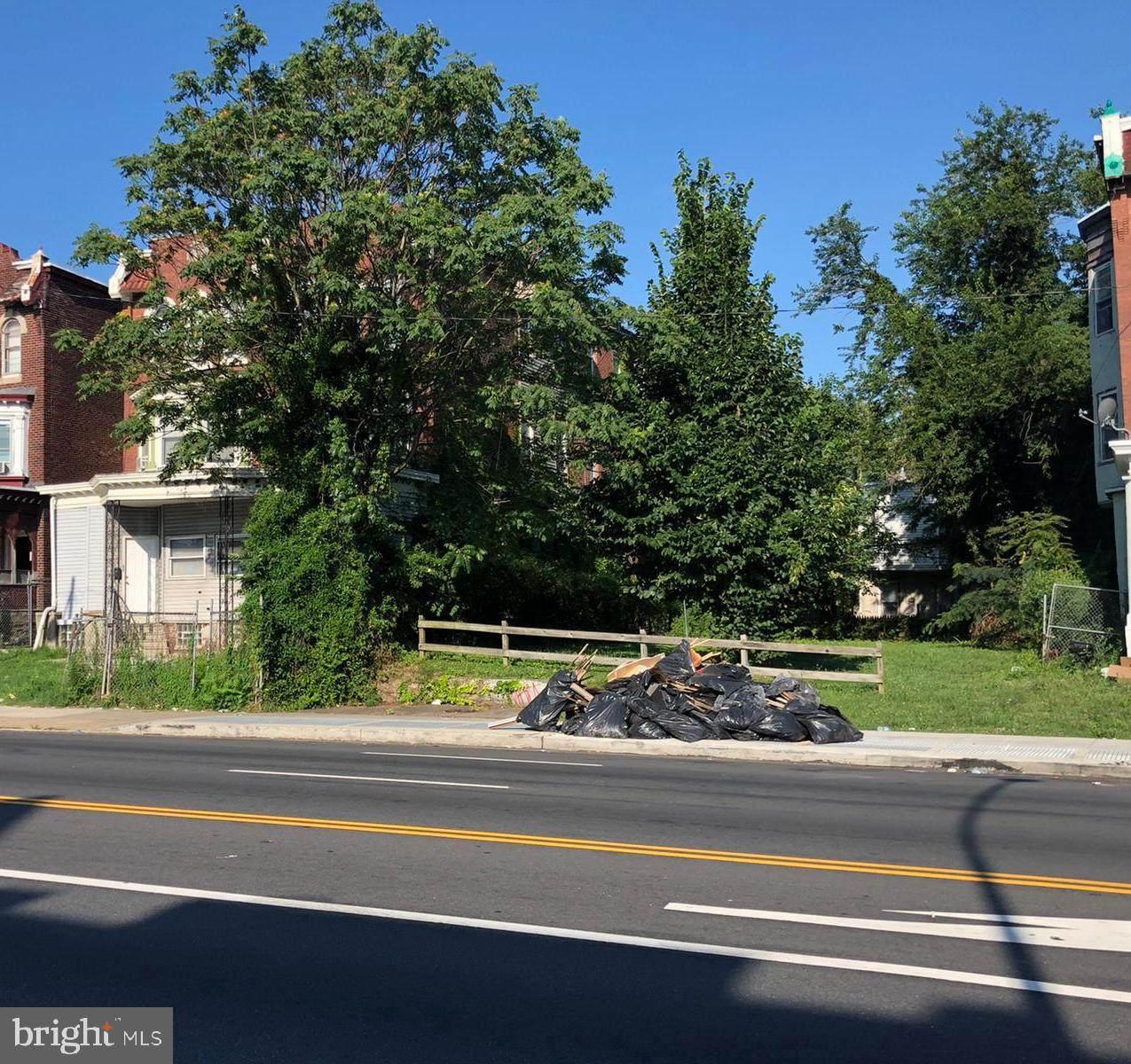 4532 Broad Street - Photo 1