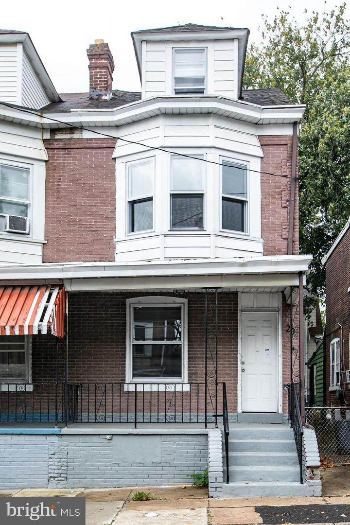 23 Ingham Avenue - Photo 1