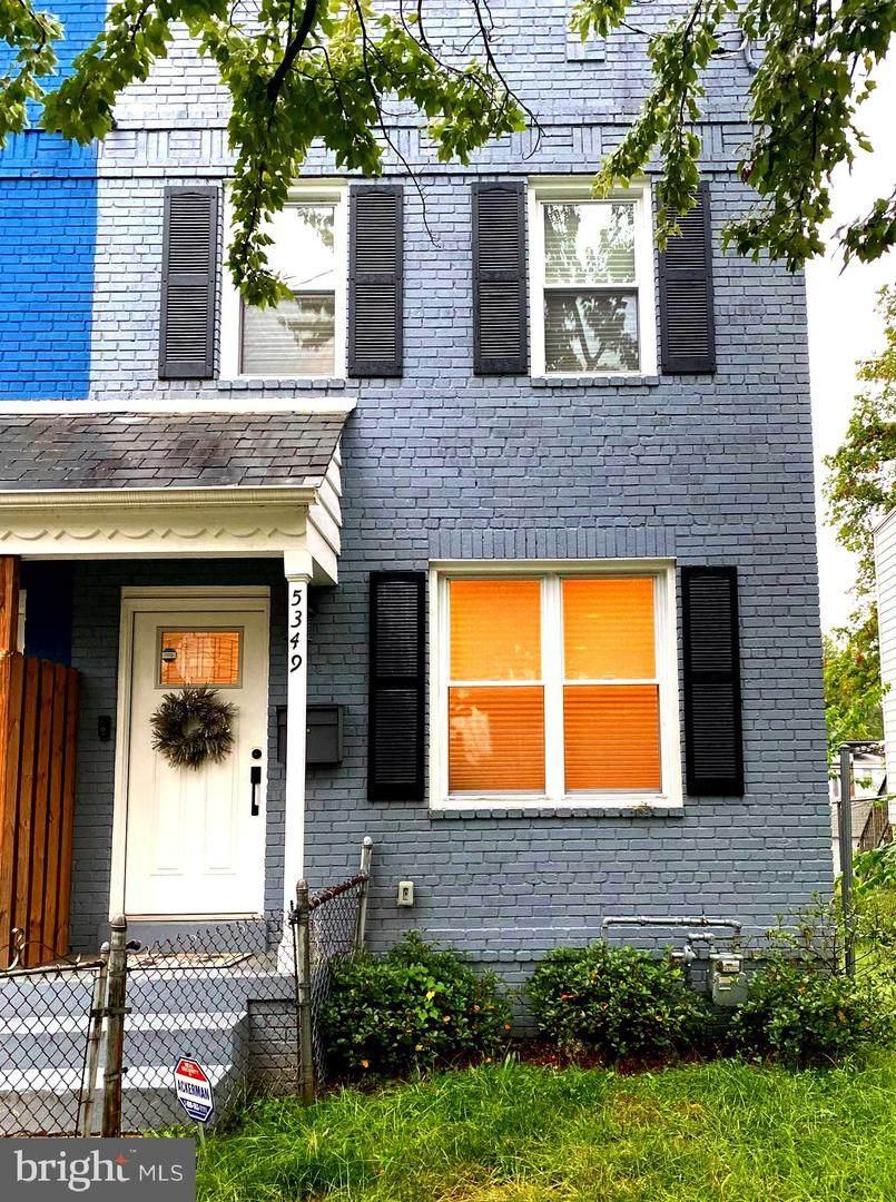 5349 Ames Street - Photo 1