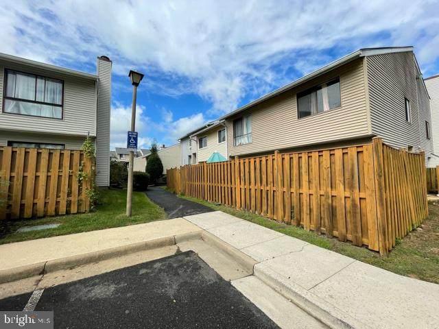 8622 Village Square Drive #8622, ALEXANDRIA, VA 22309 (#VAFX2023164) :: RE/MAX Cornerstone Realty