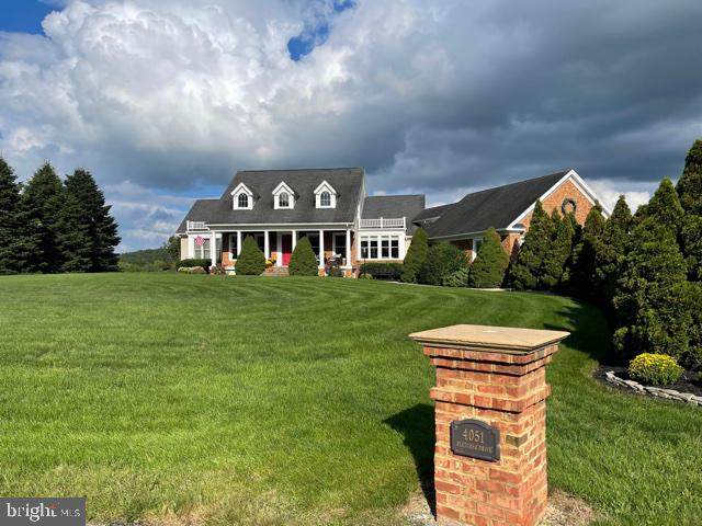 4051 Fletcher Drive, GREENCASTLE, PA 17225 (#PAFL2002282) :: Liz Hamberger Real Estate Team of KW Keystone Realty