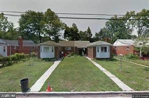 2409 Sheridan Street, HYATTSVILLE, MD 20782 (#MDPG2013232) :: Gail Nyman Group
