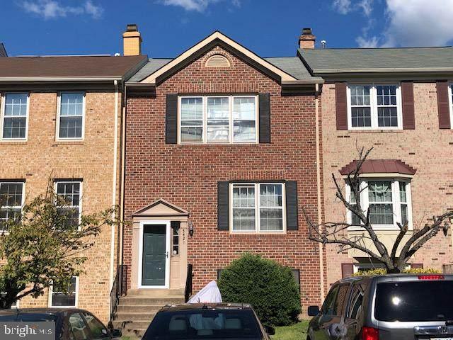 5421 Middlebourne Lane, CENTREVILLE, VA 20120 (#VAFX2024518) :: Corner House Realty