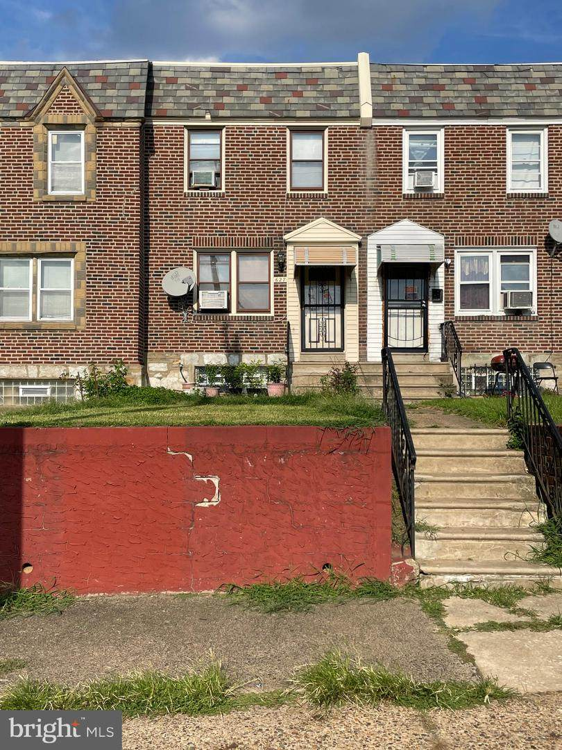 627 Adams Avenue - Photo 1