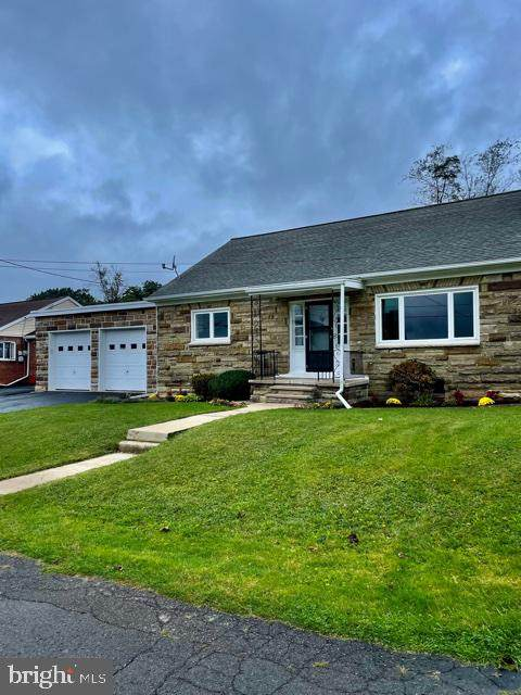 363 Virginia Avenue, SHENANDOAH, PA 17976 (#PASK2001692) :: The Lux Living Group