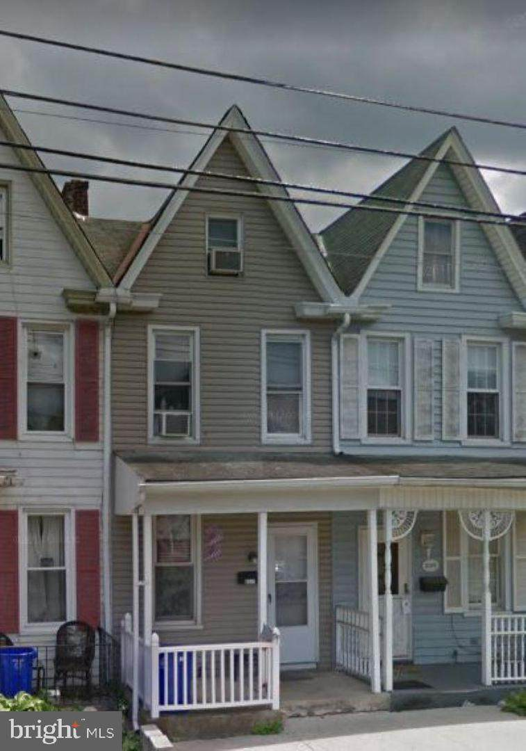 2111 Greenwood Street - Photo 1