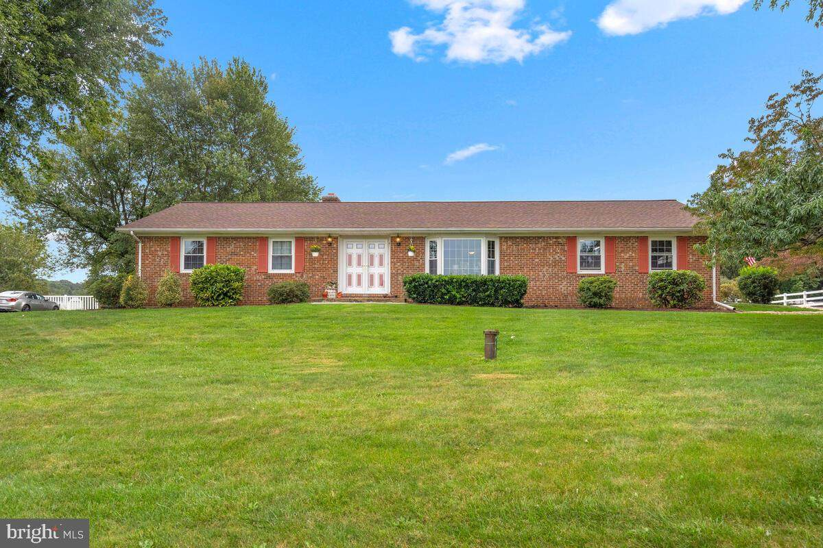12891 Colonial Drive - Photo 1