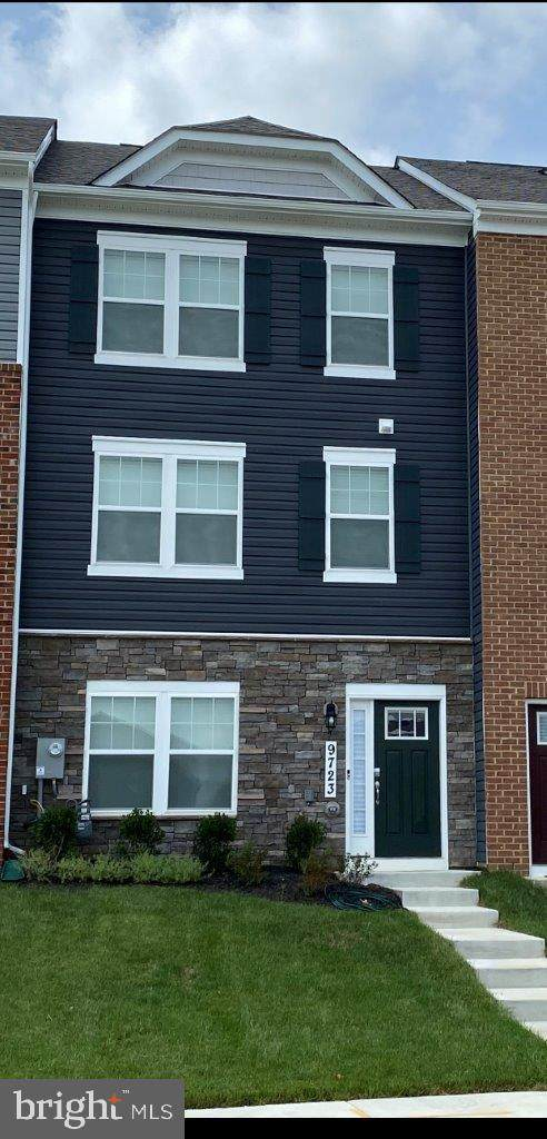9611 Silver Bluff Way, MITCHELLVILLE, MD 20721 (#MDPG2014556) :: The Putnam Group