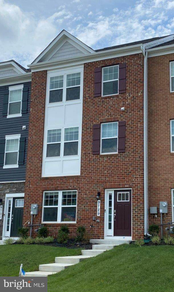 9609 Silver Bluff Way, MITCHELLVILLE, MD 20721 (#MDPG2014558) :: The Putnam Group