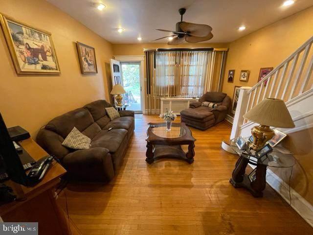 5215 N 11TH Street, PHILADELPHIA, PA 19141 (MLS #PAPH2036964) :: Kiliszek Real Estate Experts