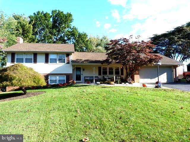 102 Greenwood Drive, HAGERSTOWN, MD 21740 (#MDWA2002810) :: Century 21 Dale Realty Co