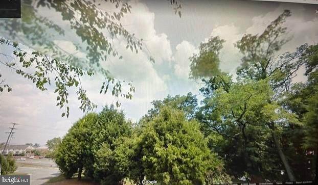 6133 6133 MARSHALL DR, FALLS CHURCH, VA 22041 (#VAFX2026808) :: Real Estate Connection