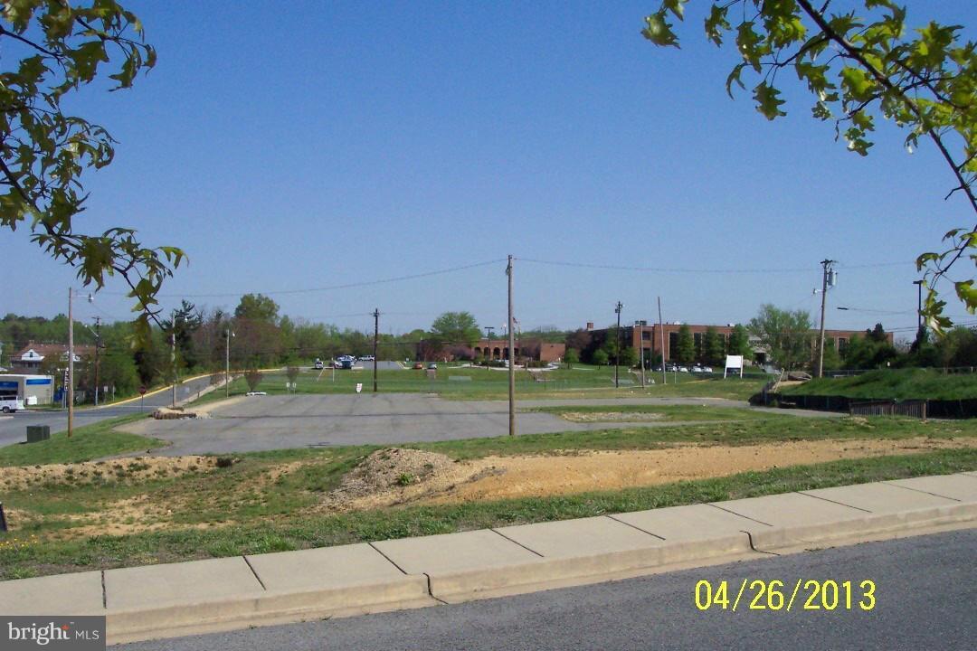 104 Charles Street - Photo 1