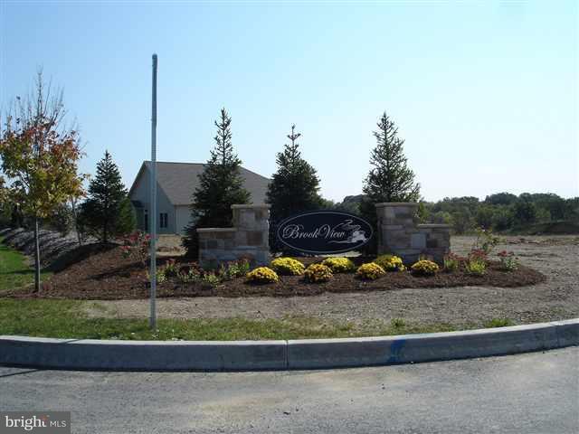 Beaver Creek Road, HARRISBURG, PA 17110 (#1002661757) :: The Joy Daniels Real Estate Group
