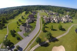 102 Stillcreek Road #28, MILLERSVILLE, PA 17551 (#1002665119) :: The Heather Neidlinger Team With Berkshire Hathaway HomeServices Homesale Realty