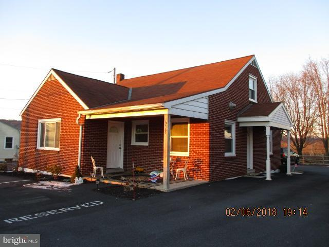 1278 Division Highway, EPHRATA, PA 17522 (#1000126128) :: The Joy Daniels Real Estate Group