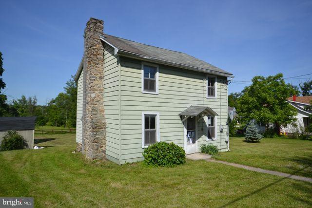 13296 Pennersville Road, WAYNESBORO, PA 17268 (#1002031784) :: Benchmark Real Estate Team of KW Keystone Realty