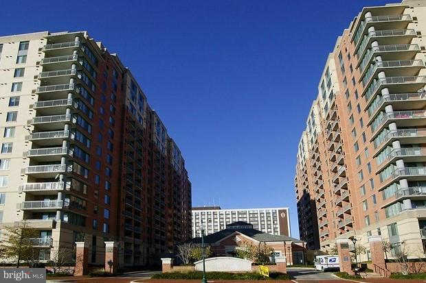 11710 Old Georgetown Road #201, NORTH BETHESDA, MD 20852 (#1002177014) :: Circadian Realty Group