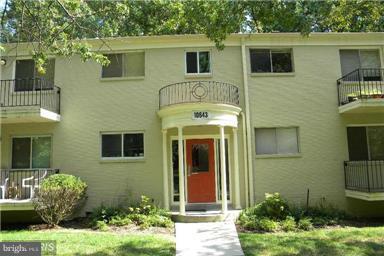 10643 Weymouth Street #2, BETHESDA, MD 20814 (#1002357484) :: Dart Homes