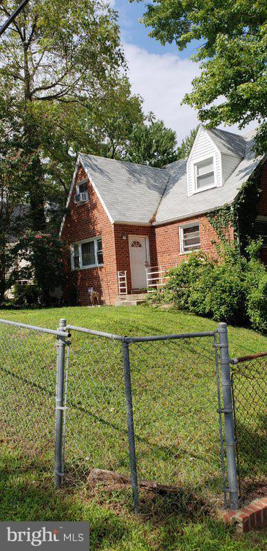 4936 Gunther Street, CAPITOL HEIGHTS, MD 20743 (#1008167310) :: The Gus Anthony Team