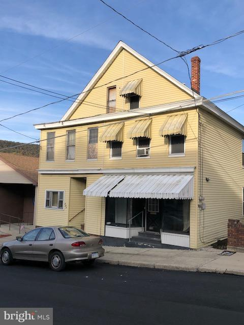 109 2ND Street, COALDALE, PA 18218 (#1010012434) :: Teampete Realty Services, Inc