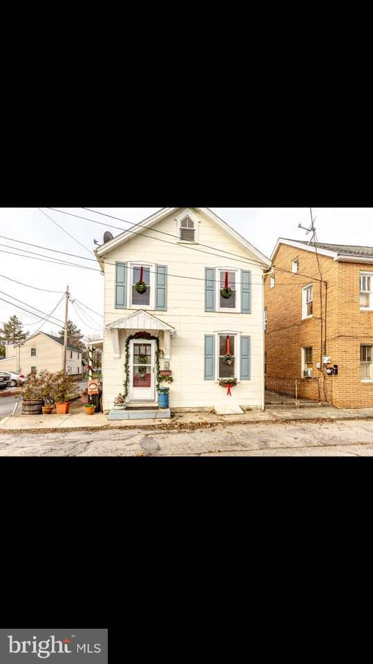 544 East Point Avenue, CHAMBERSBURG, PA 17201 (#PAFL100888) :: The Joy Daniels Real Estate Group