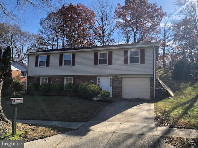 6107 Armor Drive, CLINTON, MD 20735 (#MDPG272520) :: TVRG Homes