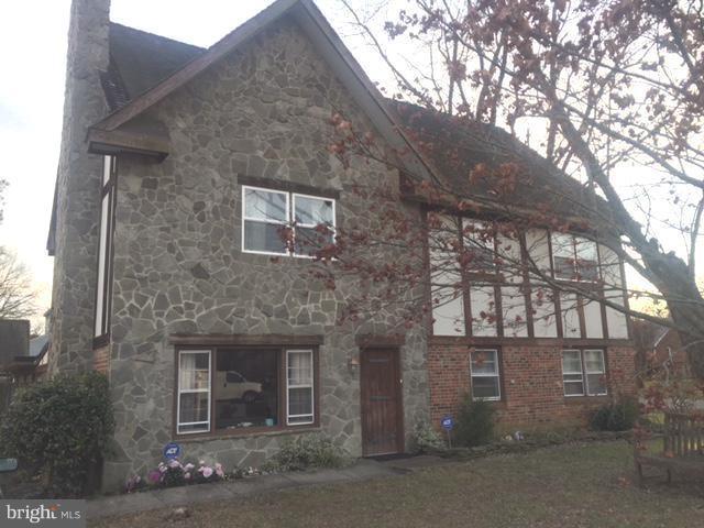 1109 Burton Street, WOODBRIDGE, VA 22191 (#VAPW250110) :: Blue Key Real Estate Sales Team