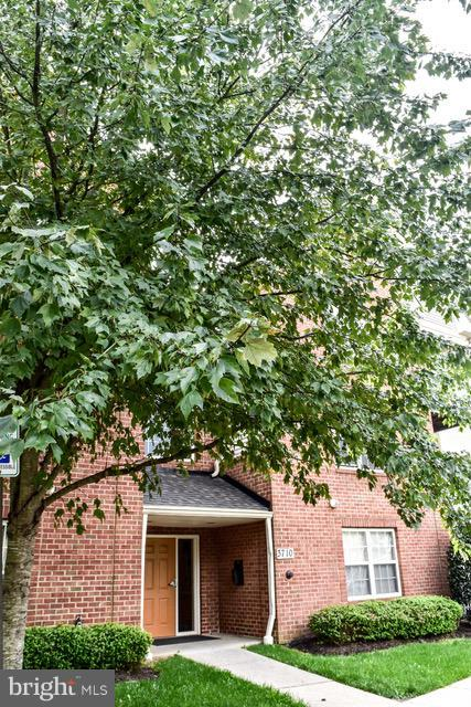 3710 Excalibur Court #302, BOWIE, MD 20716 (#MDPG376116) :: ExecuHome Realty