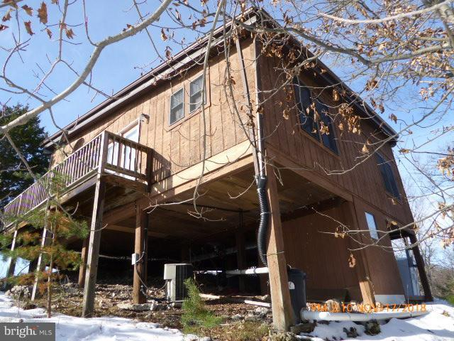 526 Little Mountain Road, CABINS, WV 26855 (#WVGT101096) :: Blue Key Real Estate Sales Team