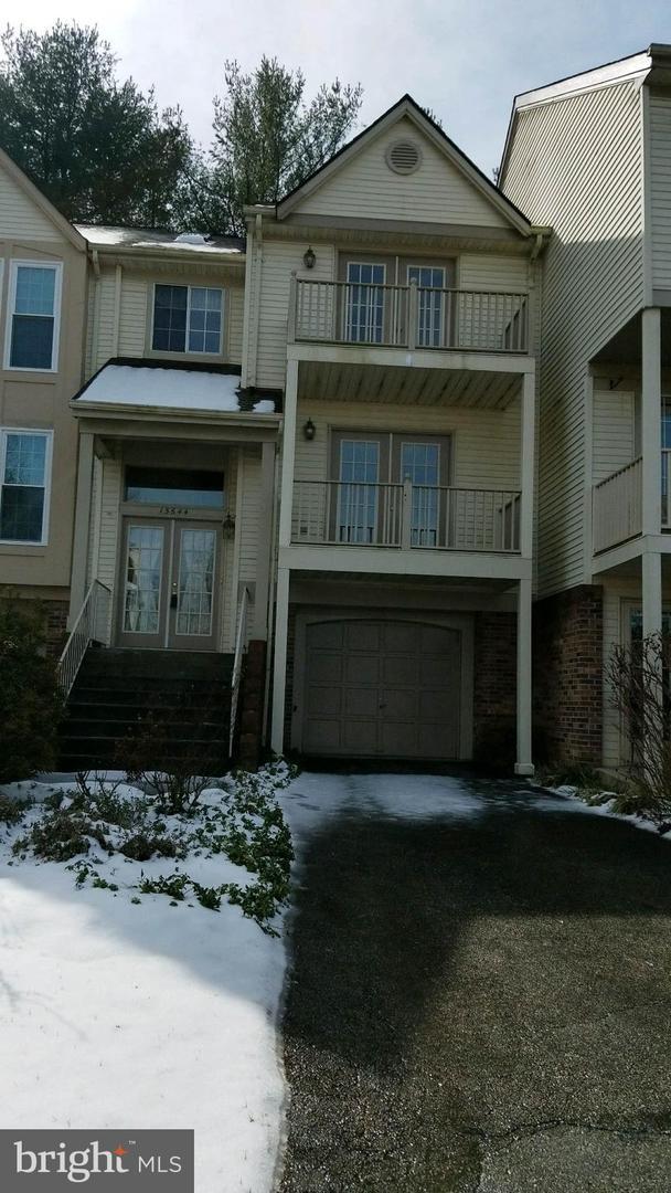 15644 Montview Drive, DUMFRIES, VA 22025 (#VAPW432992) :: AJ Team Realty