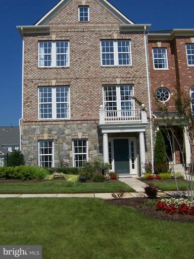 1012 Hampton Street, FREDERICKSBURG, VA 22401 (#VAFB113686) :: The Bob & Ronna Group