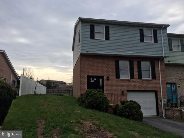 1444 Hollywell Avenue, CHAMBERSBURG, PA 17201 (#PAFL160752) :: Circadian Realty Group