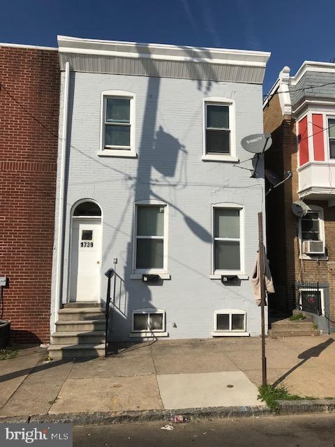 1739 W 5TH Street, WILMINGTON, DE 19805 (#DENC418540) :: Keller Williams Realty - Matt Fetick Team