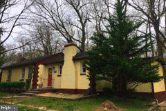 4111 Bedford Road, PIKESVILLE, MD 21207 (#MDBC452758) :: The France Group