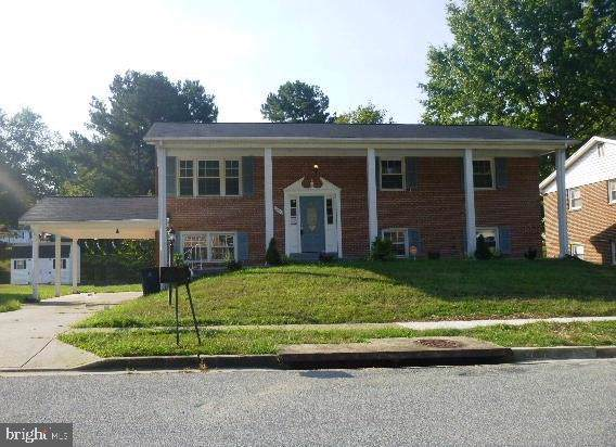 6105 Hellen Lee Drive, CLINTON, MD 20735 (#MDPG526668) :: Keller Williams Pat Hiban Real Estate Group