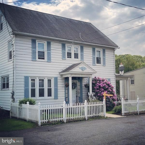 140 Coal Street, CUMBOLA, PA 17930 (#PASK125706) :: The Heather Neidlinger Team With Berkshire Hathaway HomeServices Homesale Realty