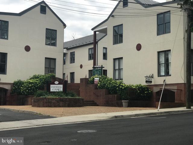 107-A W Federal Street #3, MIDDLEBURG, VA 20117 (#VALO384498) :: LoCoMusings