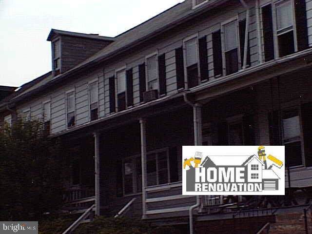 137 S 2ND Street, MOUNT WOLF, PA 17347 (#PAYK118406) :: Younger Realty Group
