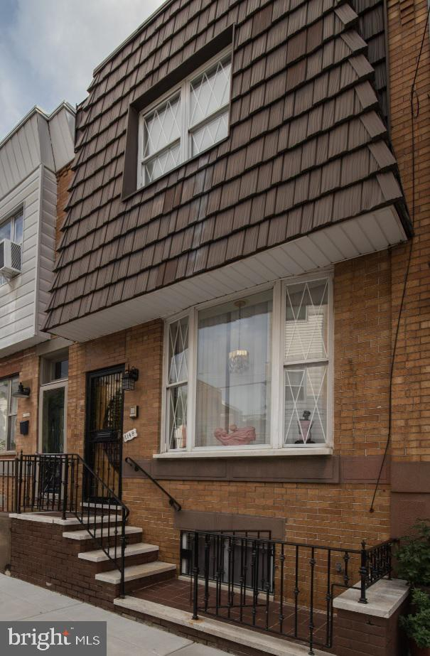 1148 Cross Street, PHILADELPHIA, PA 19147 (#PAPH807698) :: Jason Freeby Group at Keller Williams Real Estate