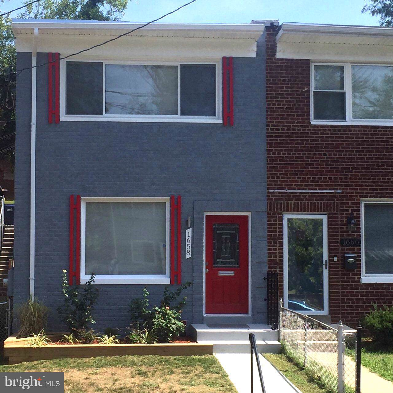 1658 Fort Dupont Street - Photo 1