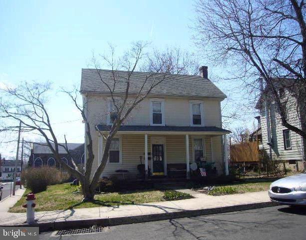 300 Railroad Avenue, SOUDERTON, PA 18964 (#PAMC617390) :: ExecuHome Realty