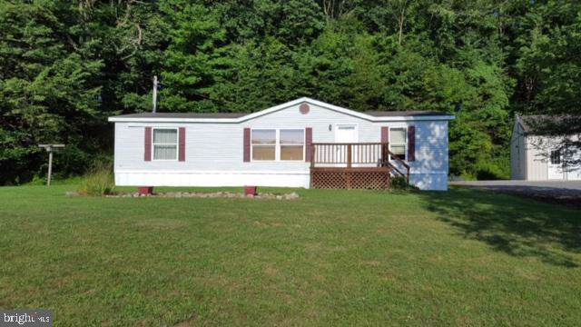 1353 Campbell Hollow Road, EAST WATERFORD, PA 17021 (#PAJT100398) :: The Heather Neidlinger Team With Berkshire Hathaway HomeServices Homesale Realty