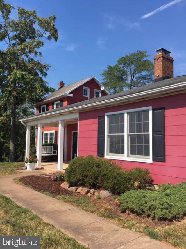 44266 Spinks Ferry Road, LEESBURG, VA 20176 (#VALO392918) :: The Redux Group